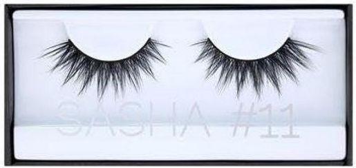 Huda Beauty Classic LASH Sasha 11