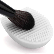 Silicon Brush Egg Makeup Brush Cleaning Tool White
